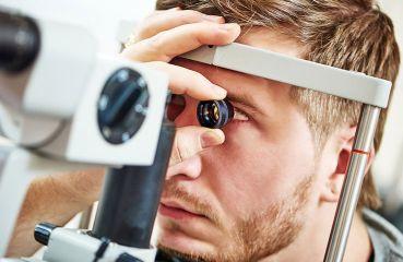 Vstupné vyšetrenie pred laserovou operáciou očí