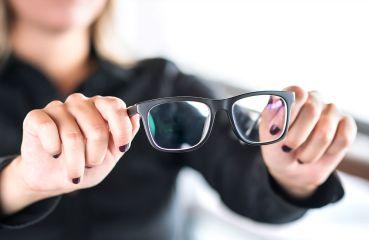 Na multifokálne okuliare si treba zvyknúť. Alebo podstúpiť operáciu očí
